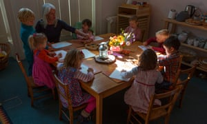 Young pupils drawing