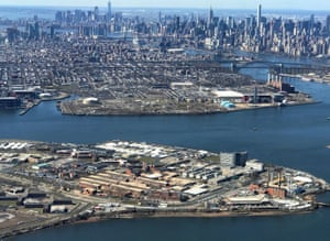 The Rikers Island prison complex (foreground) is seen from an airplane in the Queens borough of New York City, New York, U.S., April 2, 2017. REUTERS/Mike Segar/File Photo