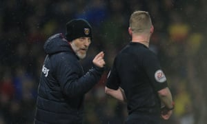 West Ham manager Slaven Bilic remonstrates with the assistant referee during the match.