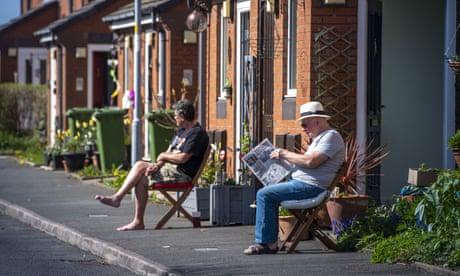 UK to see 'more springlike' weather after April's sunshine