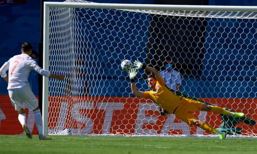 Martin Dubravka saves Álvaro Morata's first-half penalty.