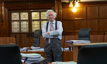 Lord Sumption criticises 'a loss of effective parliamentary scrutiny of emergency Covid powers'