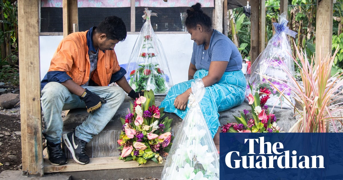 'There are no words': Samoa buries its children as measles outbreak worsens
