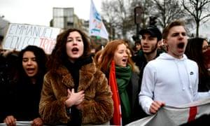 Students protesting in Paris