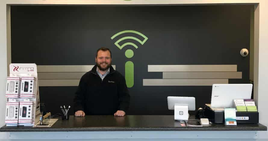 Jason DeWater, founder of iFixOmaha in Omaha, Nebraska, wants access to official parts and tools.