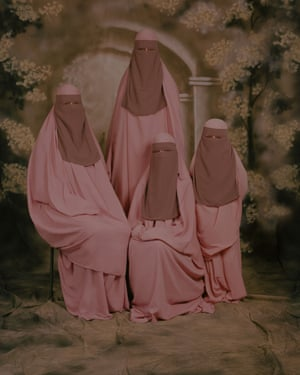 Jaimy Gail – Pink Niqab'Every human being has a (sub)conscious notion of the socially accepted: of what is normal behaviour, or what they find tolerable imagery. Using photography, I question these fine lines. I explore where the nuances lie; where the breaking point is between open-mindedness towards the unknown and the survival strategy of knowing'
