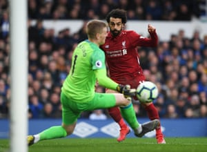 Pickford saves from Salah.