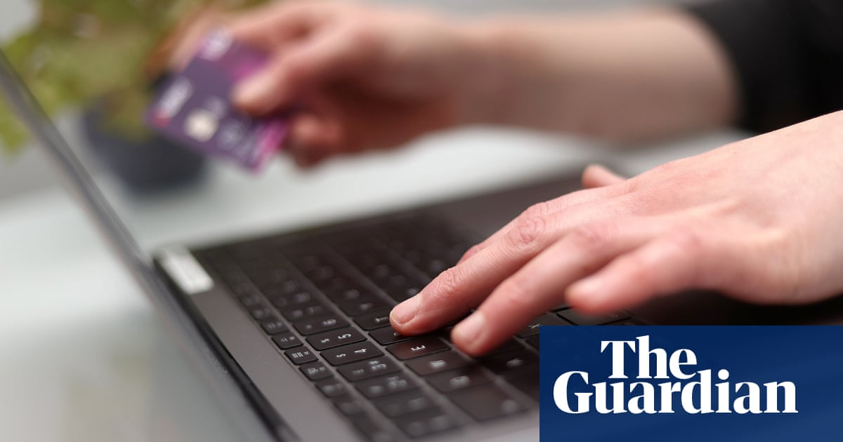 Password of three random words better than complex variation, experts say