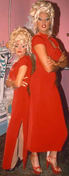 With La Toya Jackson in 1993.