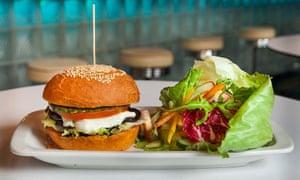 Burger and salad at Pif Paf.
