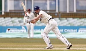Zak Crawley bats for Kent