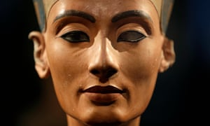 Nefertiti's Face by Joyce Tyldesley review – the creation of