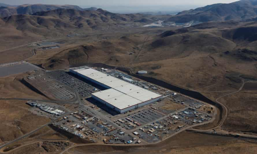 An aerial view of the Tesla-Panasonic Gigafactory in Nevada