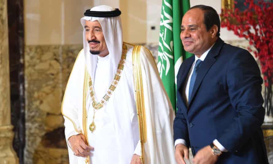 The Egyptian president, Abdel Fatah al-Sisi (right), alongside Saudi Arabia's King Salman in Cairo.