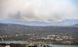 Authorities in the Australian Capital Territory have declared a state of emergency as fire burn near Canberra.