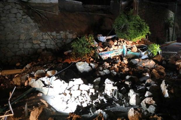 Aftermath of the earthquake in Acapulco. Photograph: David Guzman/EPA
