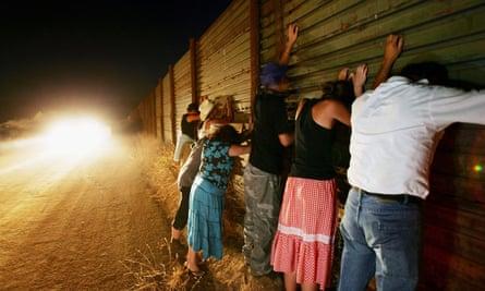 migrants border