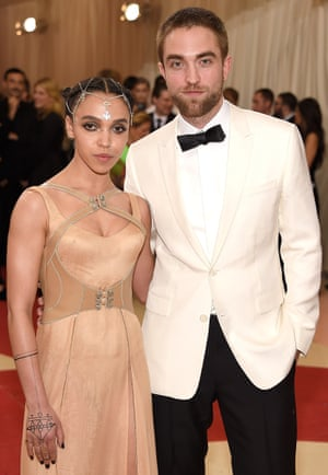 """FKA Twigs and Robert Pattinson attend """"Manus x Machina: Fashion In An Age Of Technology"""" Costume Institute Gala at Metropolitan Museum of Art on May 2, 2016 in New York City"""