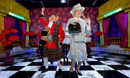 De Caunes and Gaultier as Charles and Camilla.