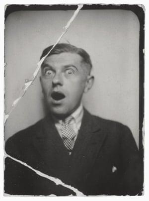 4 René Magritte Flirtatiousness (La coquetterie)