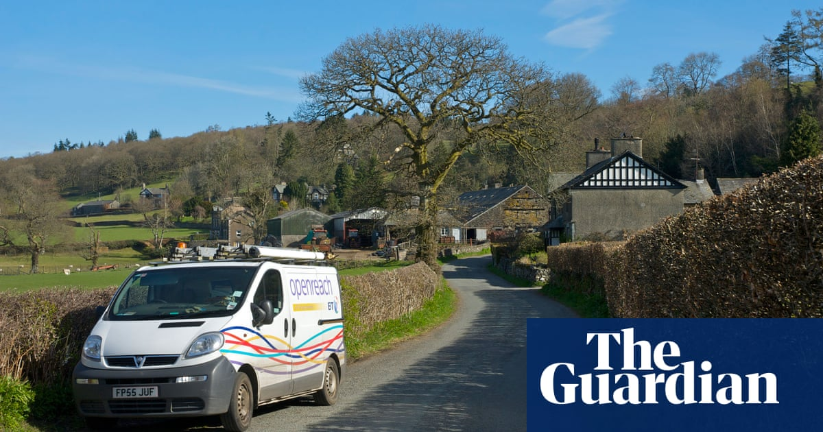 Labour pledges free broadband for all homes and businesses in UK