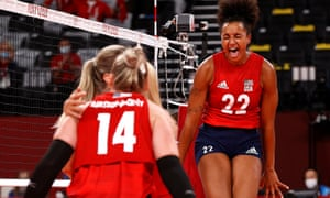 Haleigh Washington of the United States celebrates with teammates after beating Turkey.
