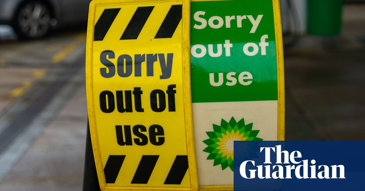 Fuel shortage 'getting worse' in London and south-east England