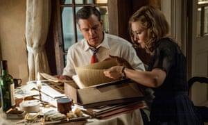Matt Damon and Cate Blanchett in The Monuments Men
