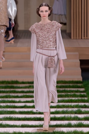 Cropped wide-legged trousers were a central theme