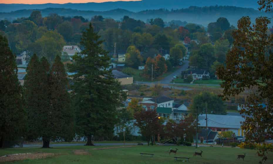 Abingdon, Virginia, in the early morning.
