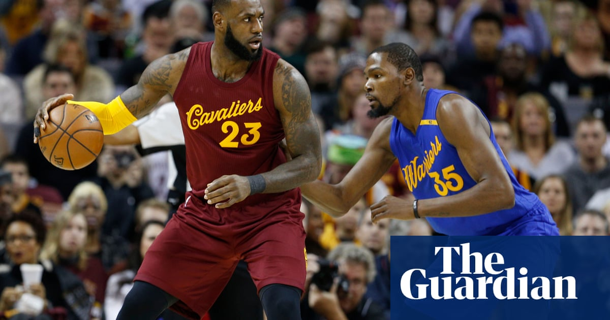 6a6be3863a50 Kyrie Irving s late burst lifts Cavaliers past Warriors in NBA finals  rematch