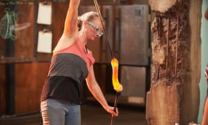 Leah struggles with a bit of molten glass