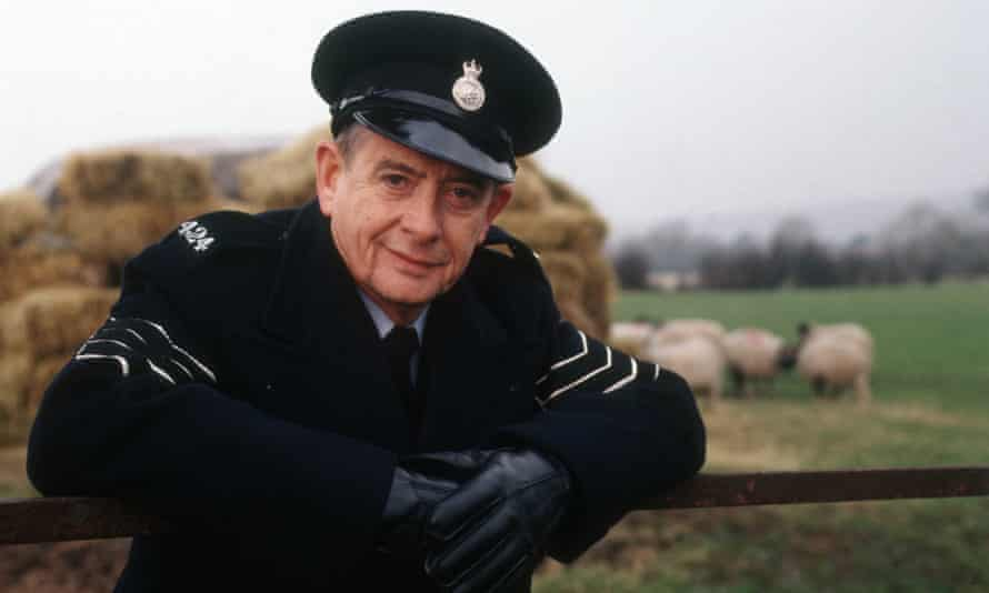 Derek Fowlds as Sgt Blaketon in the TV drama Heartbeat; the character later ran the post office, then the local pub, in the fictional North Yorkshire village of Aidensfield.