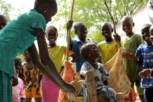 Villagers in Senegal enjoy a sustainable supply of clean drinking water