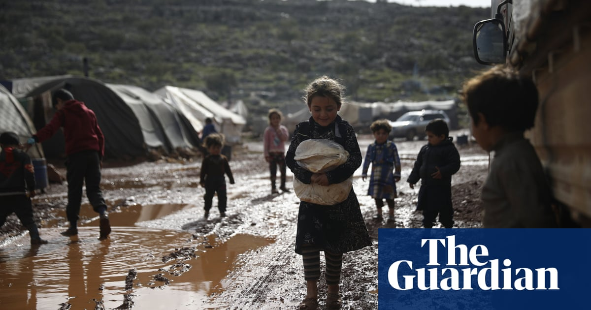 'Lives will be lost,' warn Syria aid groups as UK cuts funding by a third