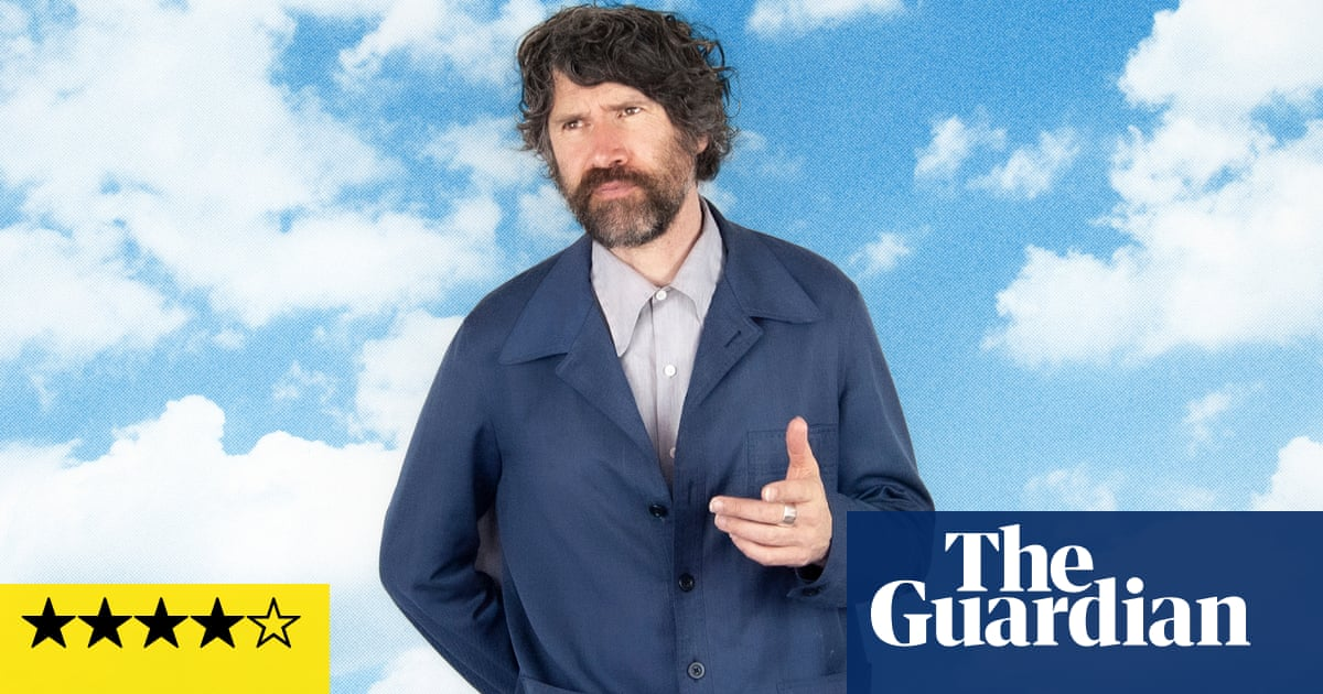Gruff Rhys: Pang! review – acoustic, pastoral, global … and as unpredictable as ever