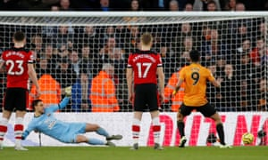 Raul Jimenez of Wolverhampton Wanderers scores his equalizer on penalty.