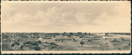 An overview of Kitchener Camp near Sandwich, Kent. The large tent was donated by the Jewish Lads' Brigade, and it's believed it was used as a synagogue.