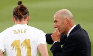 The relationship between Gareth Bale and Real Madrid coach Zinedine Zidane has been 'non-existent for a long time'.
