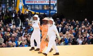 Beekeepers on catwalk