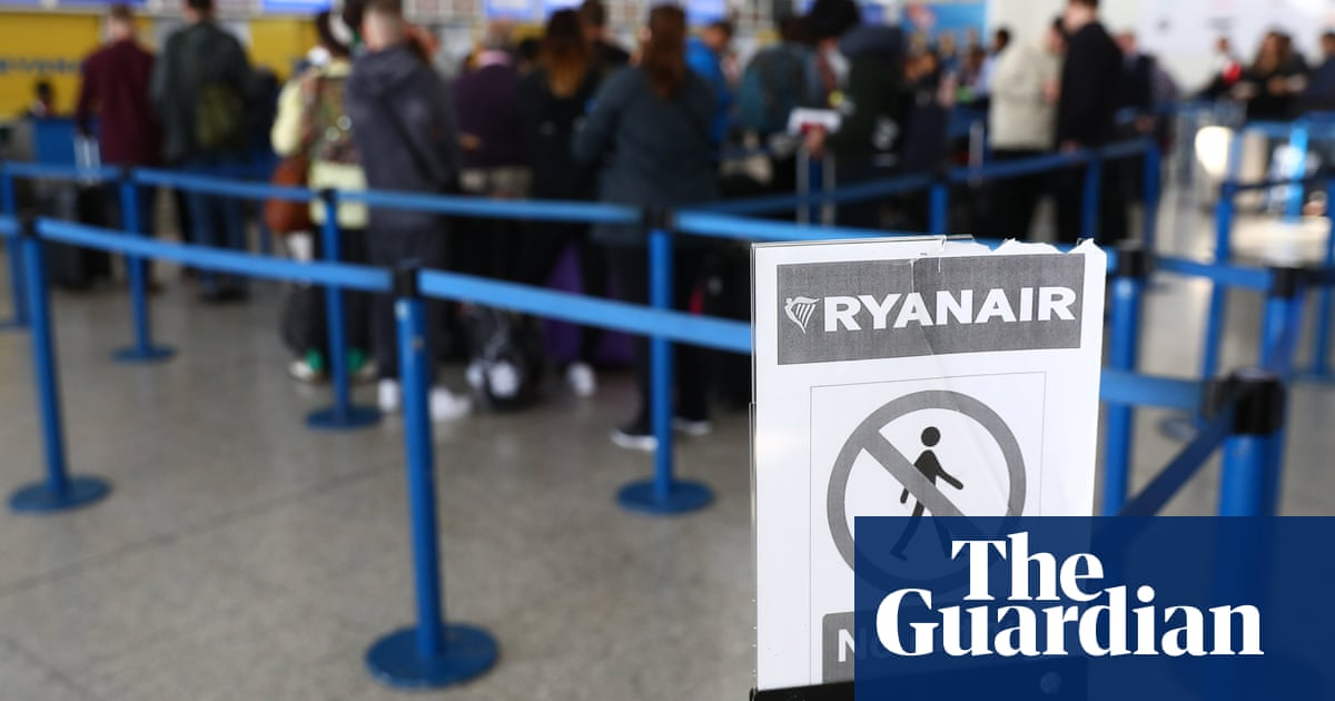 Ryanair to shake up refunds policy after pandemic criticism