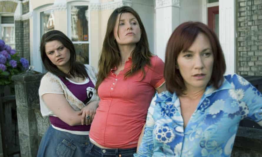 Rebekah Staton, Horgan and Tanya Franks in Pulling