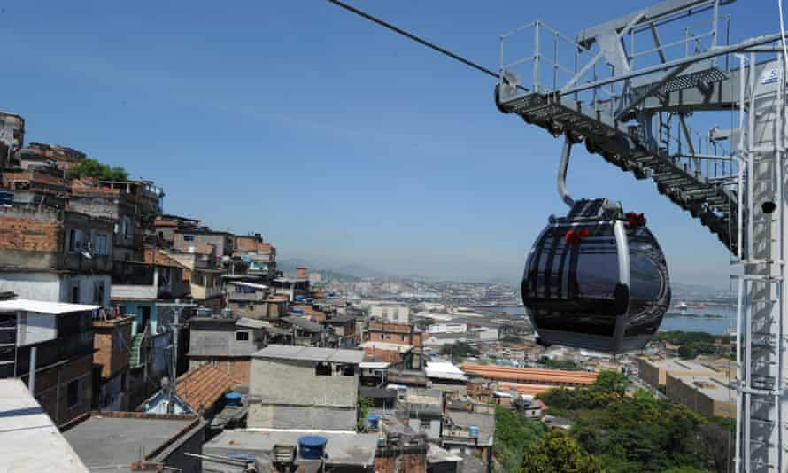 Providência's cable car transports favela residents to the old city.