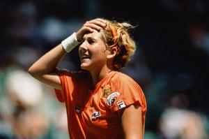 Monica Seles won the women's singles in 1992.