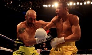 O'Sullivan slows Eubank Jr down in a scrappy third round.