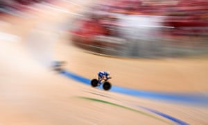Not only did Jozef Metelka take gold but he also set a new men's C4 individual pursuit world record during qualifying.