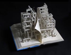Cien Años de Soledad book sculpture by Stephen Doyle.