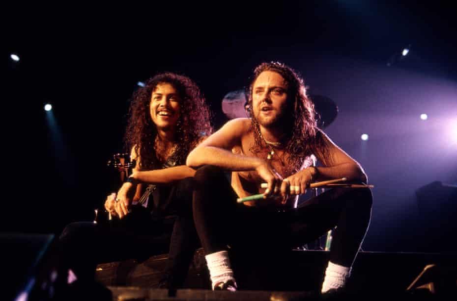 Kirk Hammett and Lars Ulrich in 1992