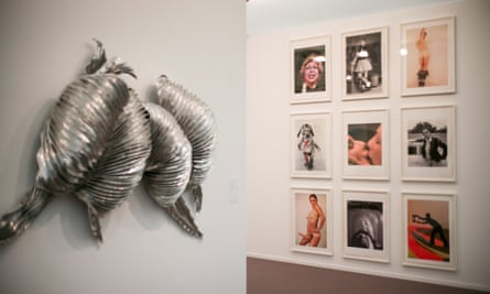 Juxtapositions everywhere … Lynda Benglis photographs in the background at Frieze Masters.