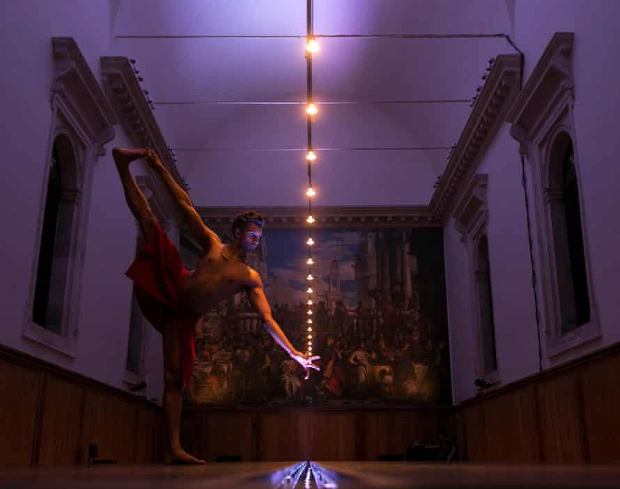 Percussive footwork … Sooraj Subramaniam performing Outlander by Shobana Jeyasingh.
